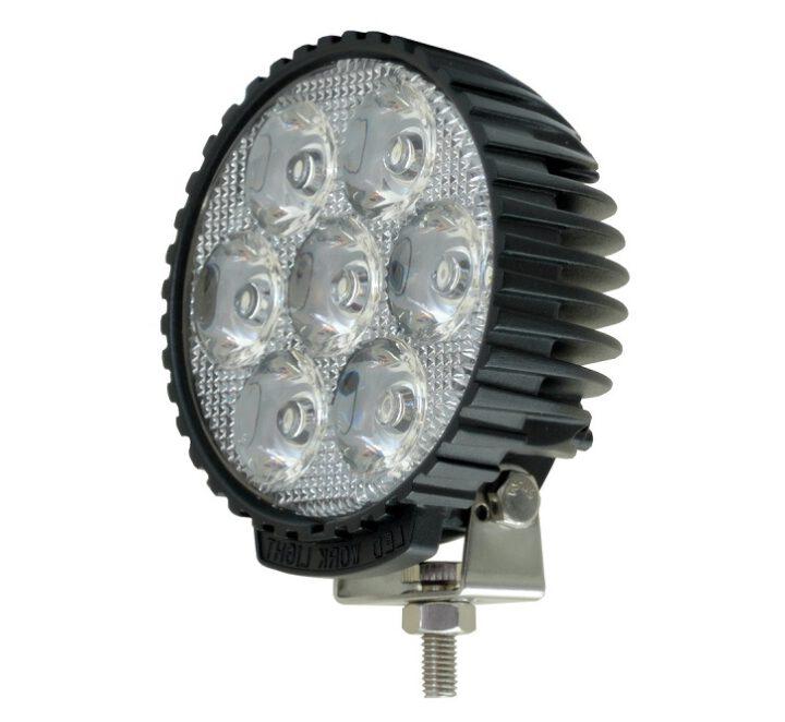 Zamiana świateł zwykłych na LED-owe, czy warto?